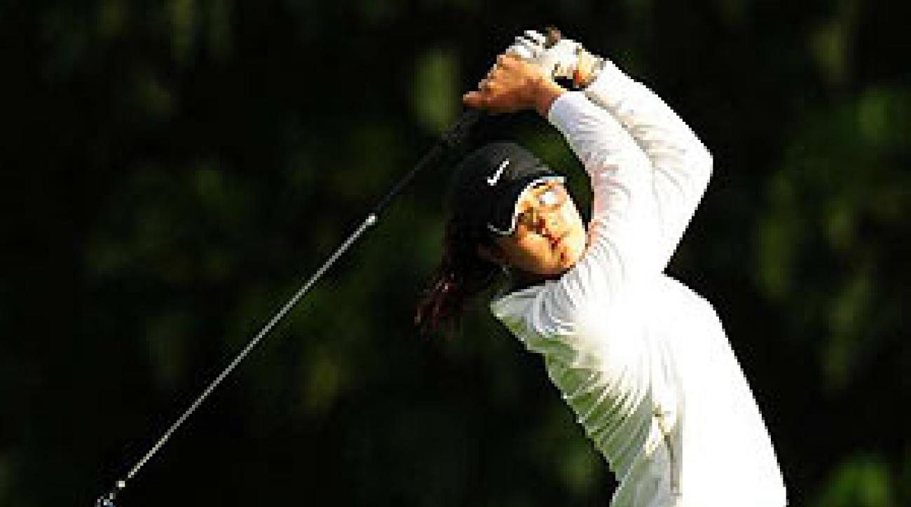 Wie shot a 2-under 70 in the second round.