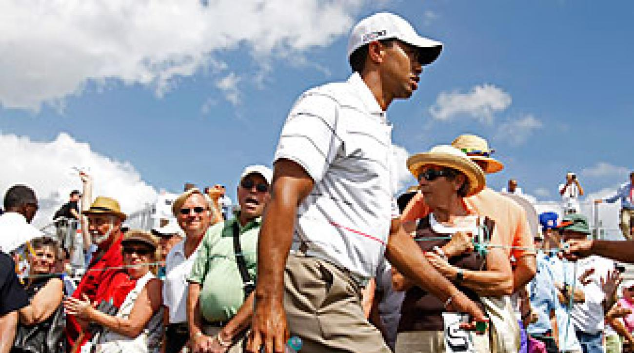 Tiger Woods shot a one-over 71 on Thursday.