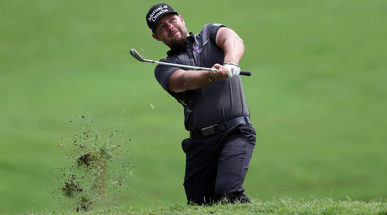How to Play Ryan Moore's Three-Quarter Pitch for Versatility and Control