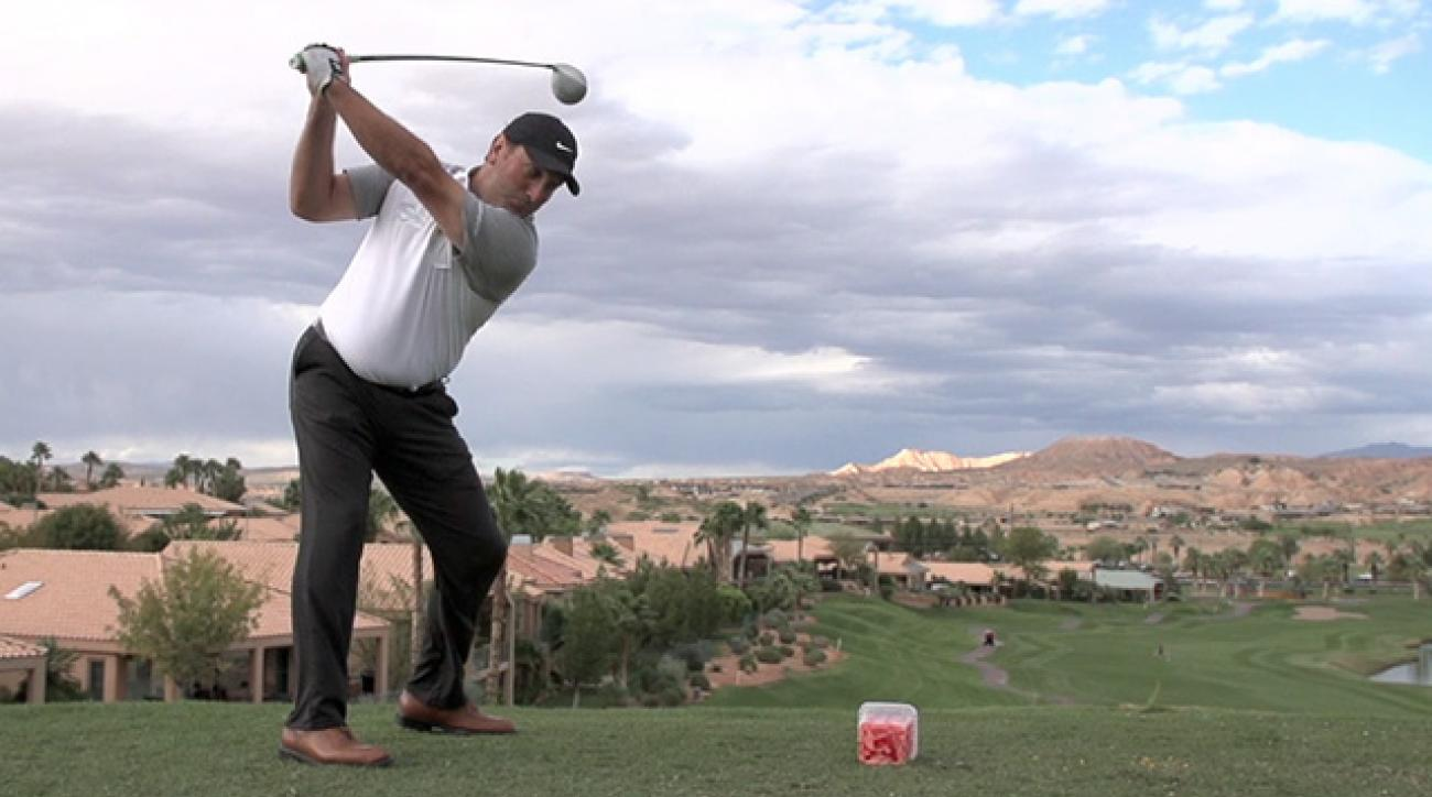 Long-Drive Champ David Mobley Blasts Through Jello In Slo-Mo