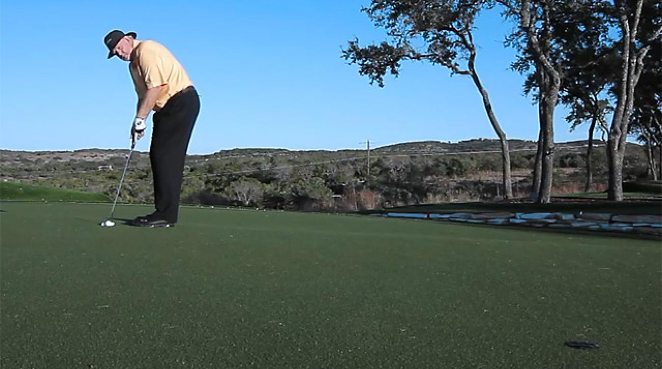 Dave Pelz: Roll Putts Fast ... Or Try Dying