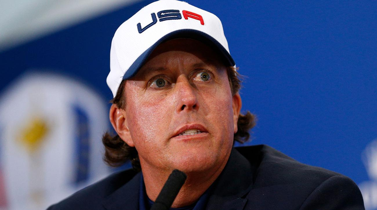 Mickelson, Watson Trade Barbs Over Strategy Following USA's Third Straight Ryder Cup Loss