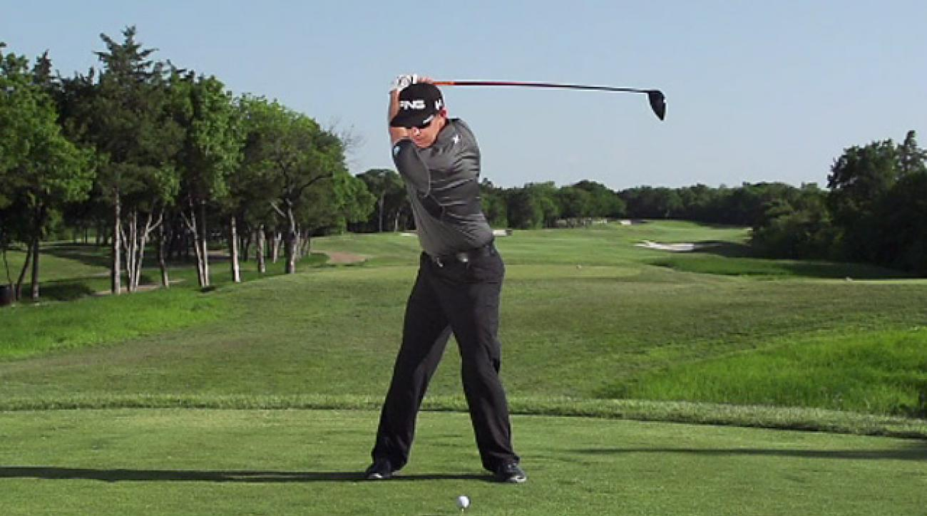 Hunter Mahan's Swing In Slow Motion