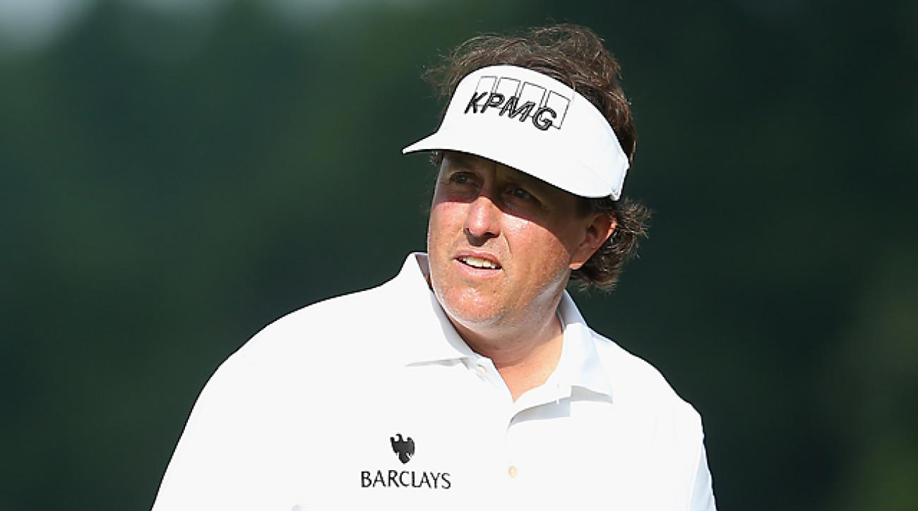 The Scorecard: Is Phil Mickelson making a blunder by taking red-eye to Merion?