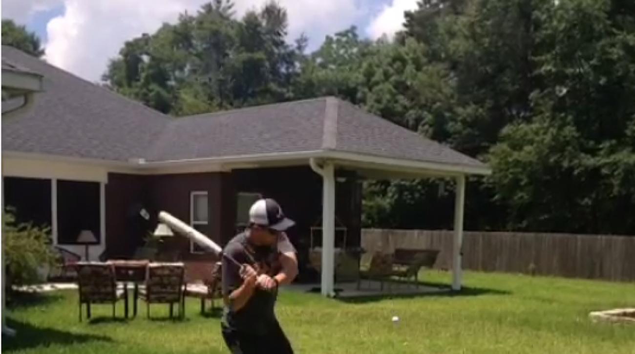 'How to Make Golf Fun' Trick Shot