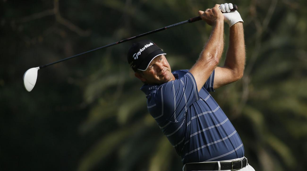 Retief Goosen leads the Northern Trust Open by a shot.