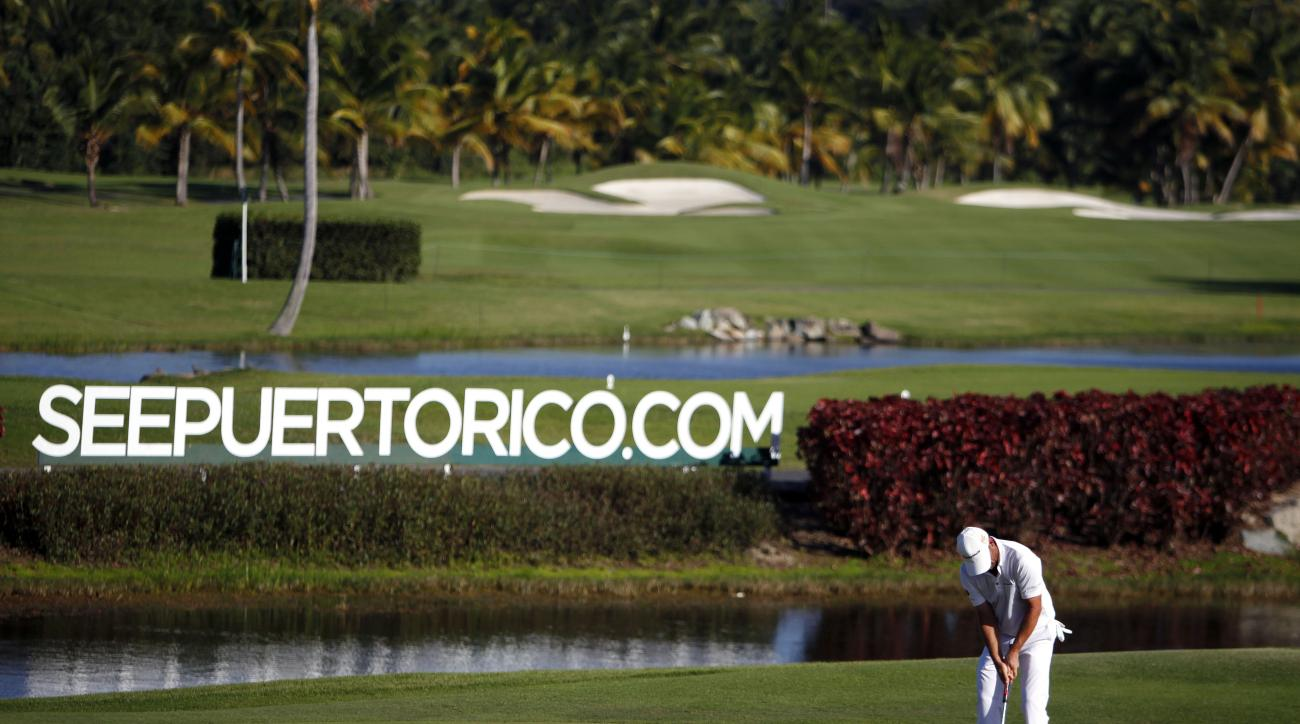 Germany's Alex Cejka leads the Puerto Rico Open by a shot.