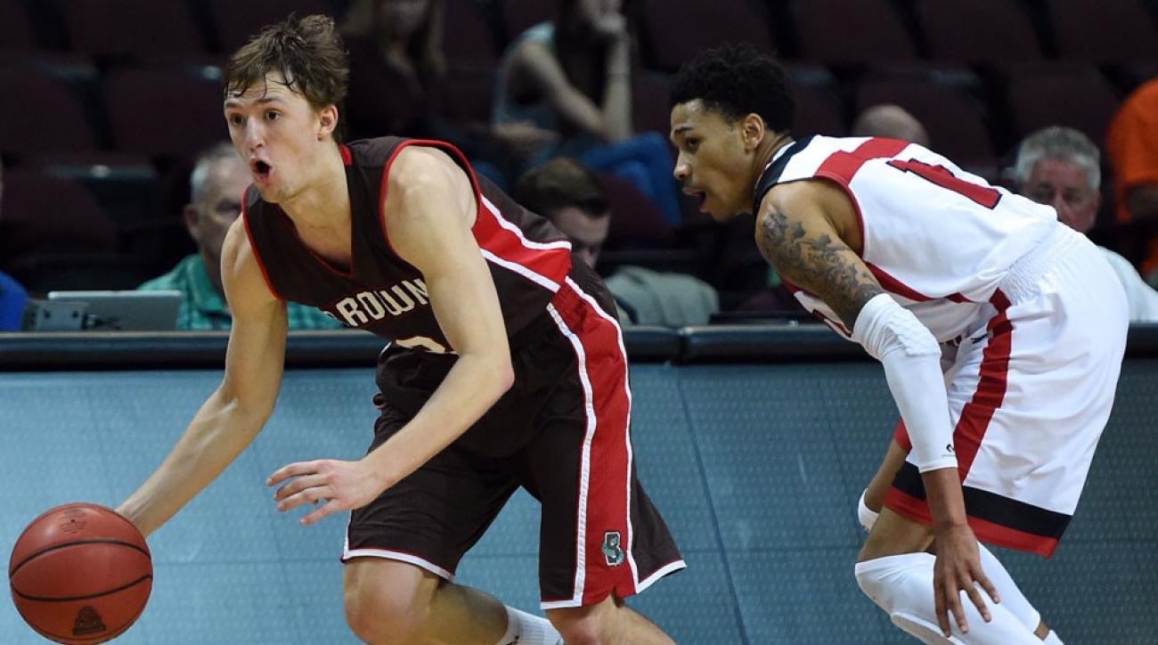 Steven Spieth drives past an Austin Peay defender during the 2014 Continental Tire Las Vegas Invitational.