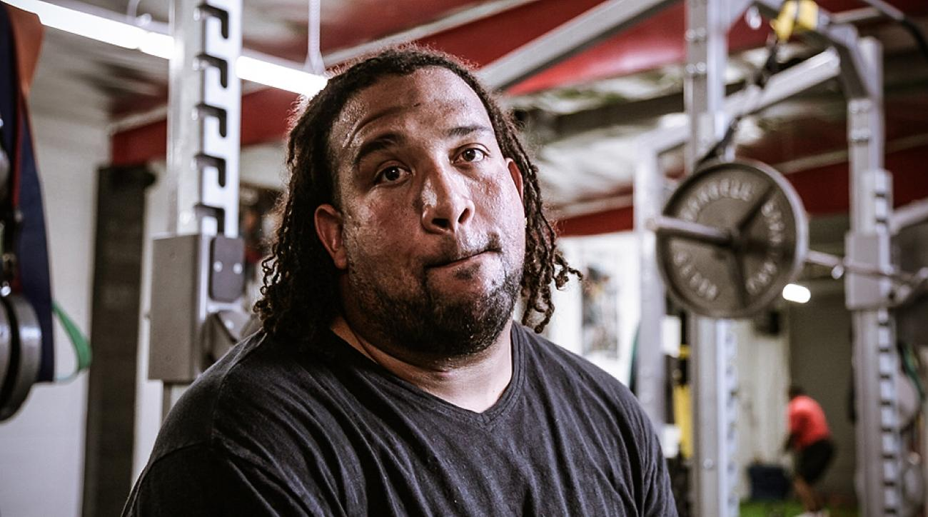 Donald Penn is trying to find his old Pro Bowl form in a Los Angeles gym.