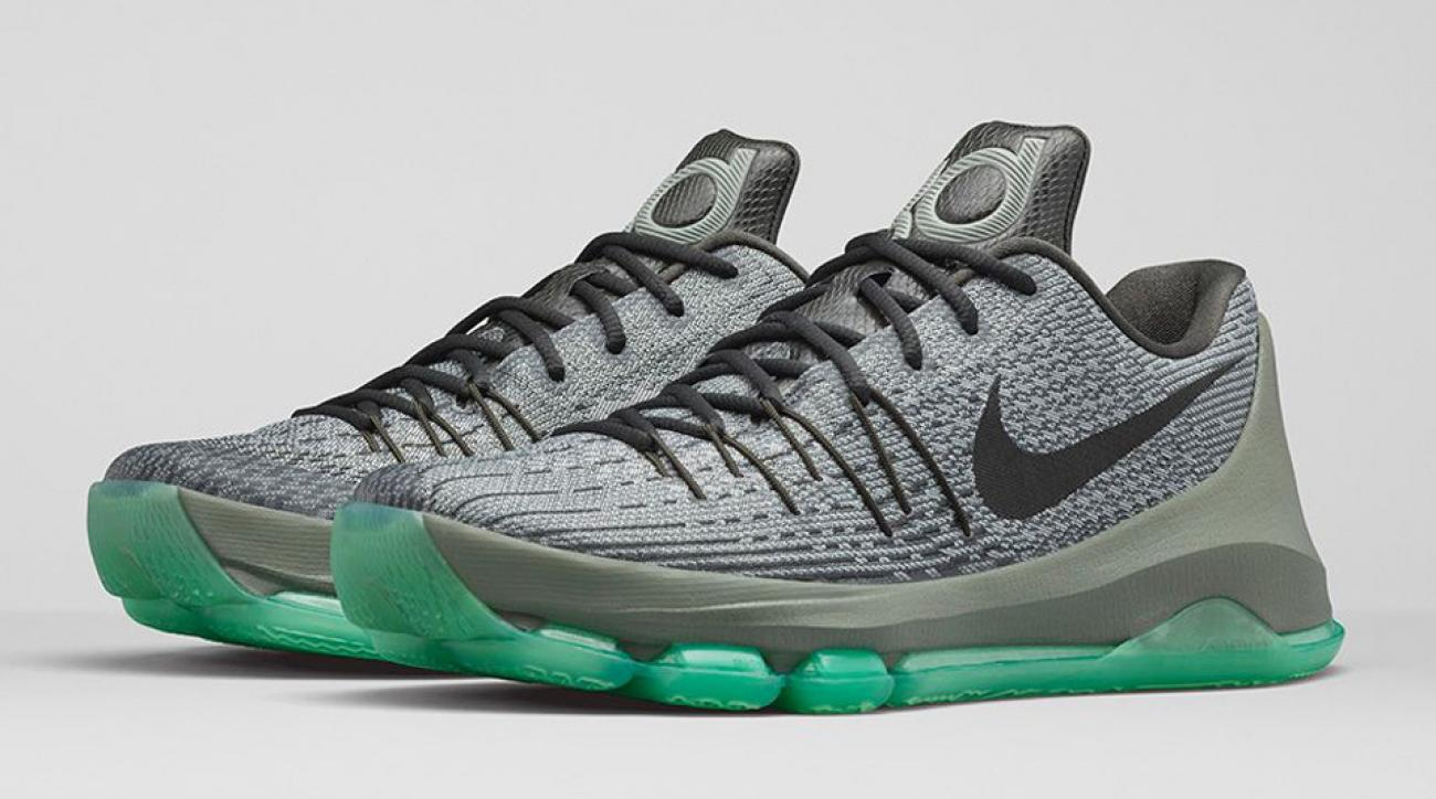 f0d95a6019a Kicks and Colors  Nike breaks out third KD8 colorway with  Hunt s Hill  Night