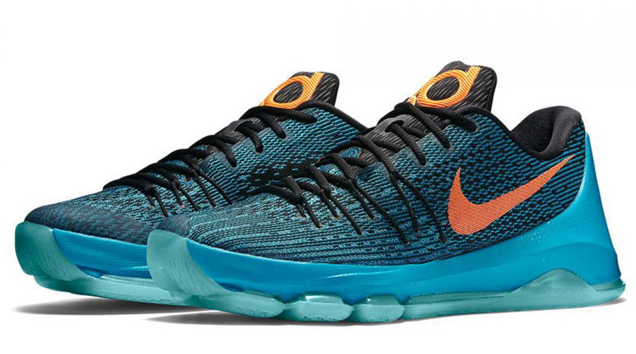 Kicks and Colors: The Oklahoma City blue comes alive in KD8 'Road Game'