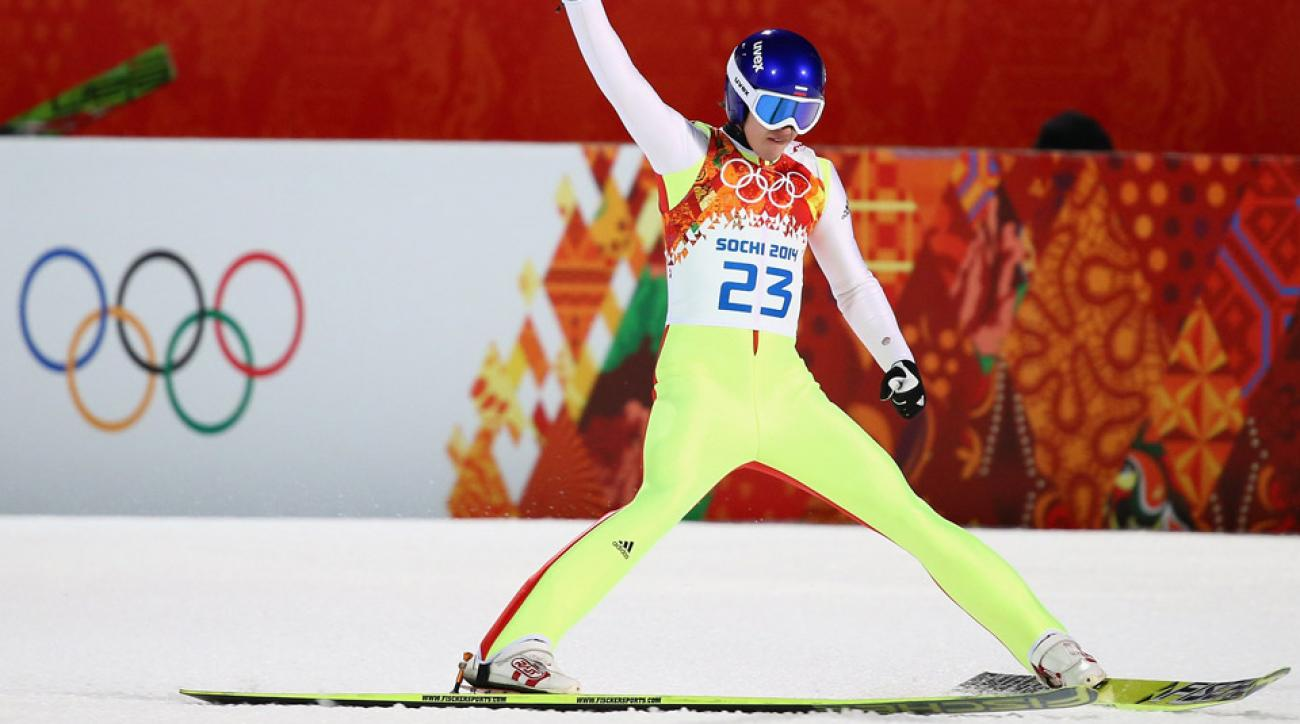 Despite breaking his ribs in a crash while training, Mikhail Maksimochkin has not ruled himself out of Olympic ski-kumping competition yet.