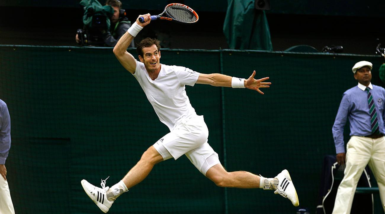 Andy Murray powered to a straight-set win against South Africa's Kevin Anderson to reach the quarterfinals at Wimbledon.