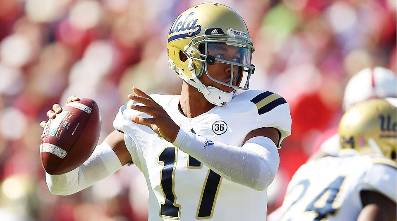 Ucla quarterback brett hundley preps for heralded year after jed jacobsohnsports illustrated biocorpaavc Image collections