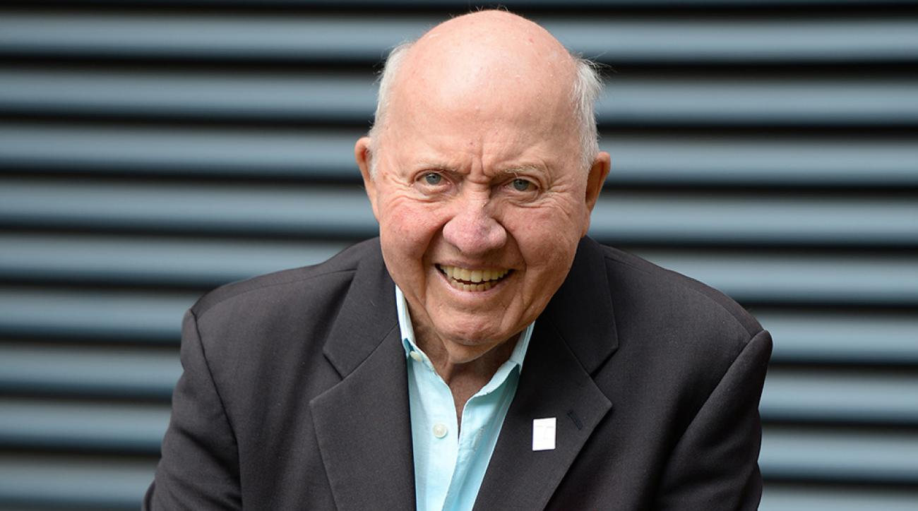 A tribute to Bud Collins: Veteran tennis journalist honored at U.S. Open