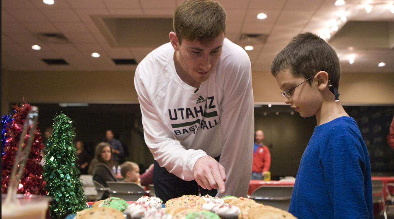 Gordon Hayward and the Utah Jazz host a holiday party for families in need at Zions Bank Basketball Center.