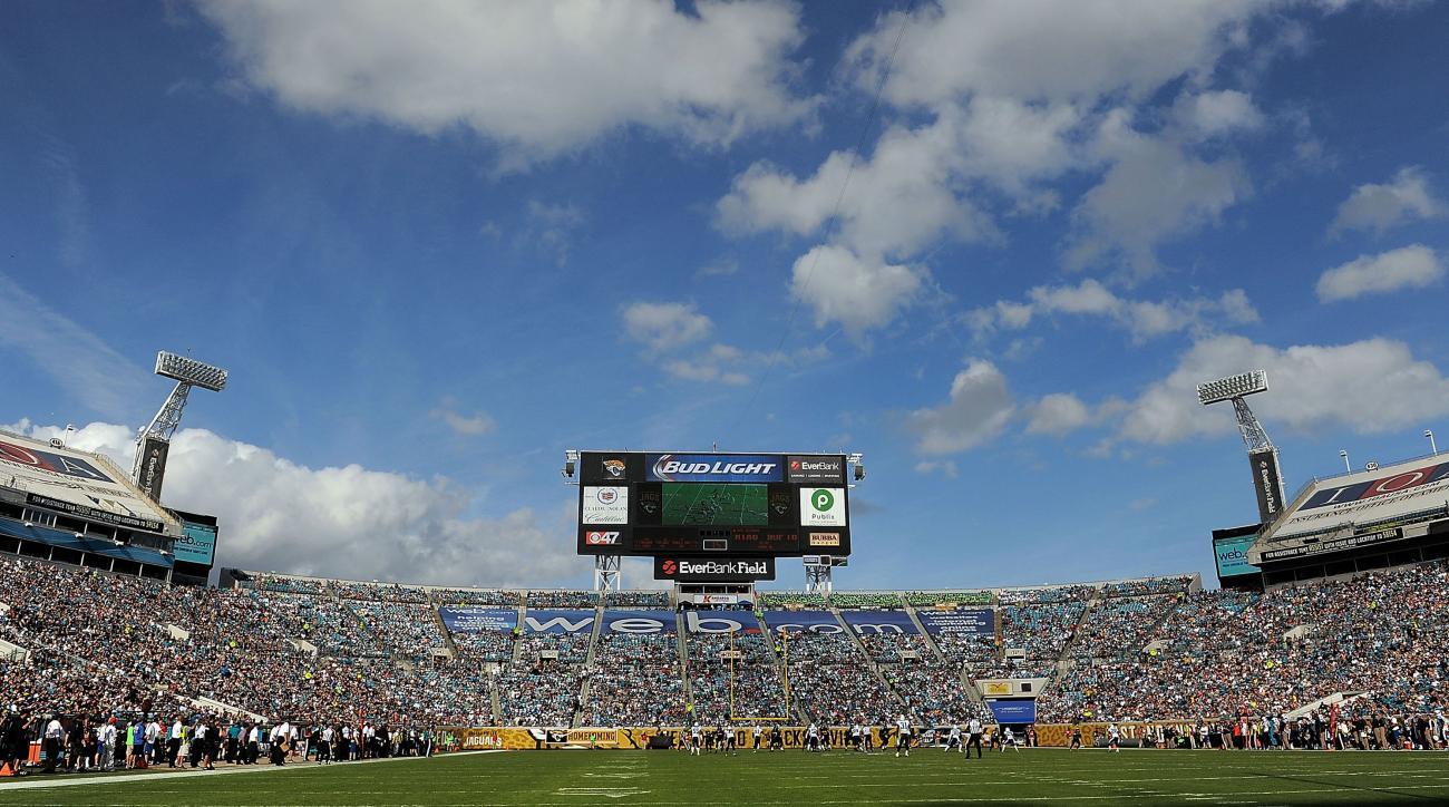 Jacksonville Jaguars, Everbank agree to stadium naming rights extension