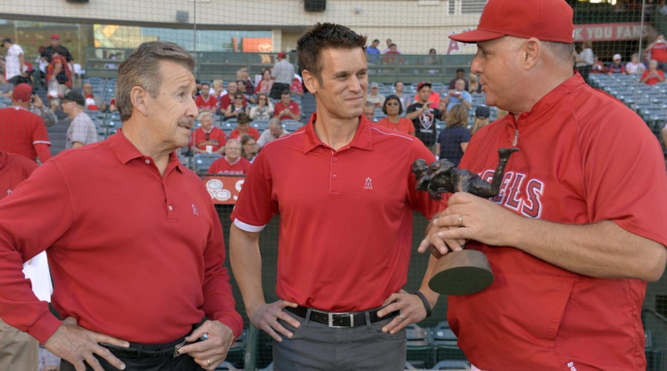 L to R: Angels owner Arte Moreno, Jerry Dipoto, Mike Scioscia