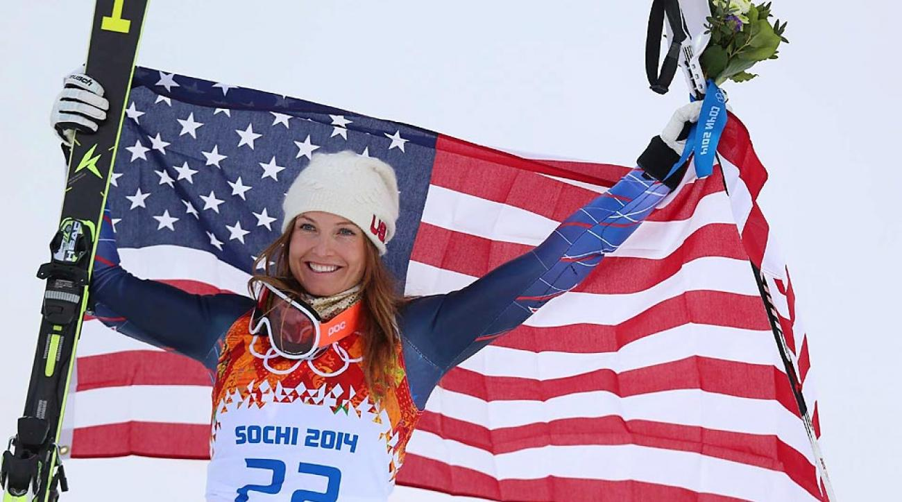 Julia Mancuso used a good run in the downhill to earn a bronze medal in the ladies' combined on Monday.