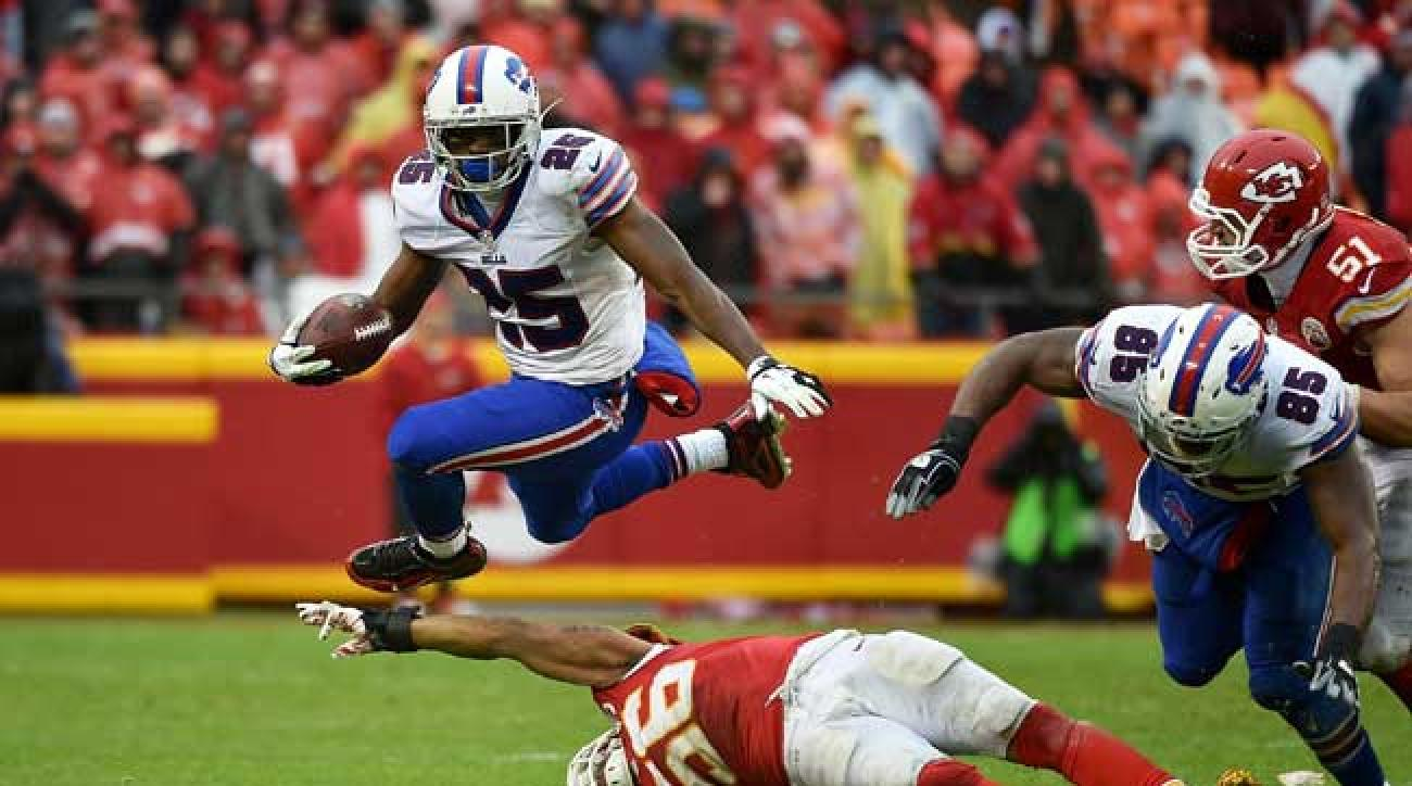 LeSean McCoy the NFL s Most Dynamic Runner Since Barry Sanders