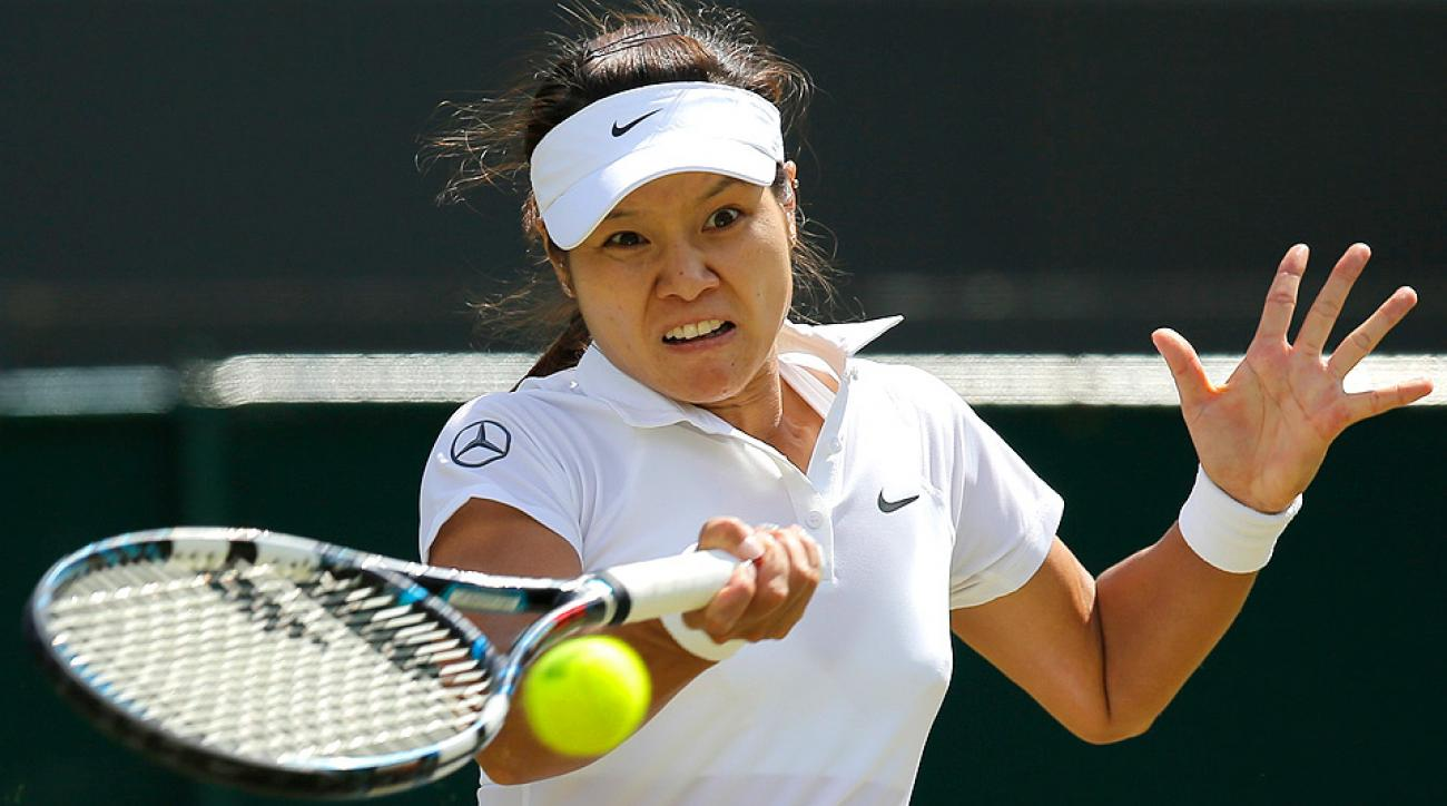 Li Na was ousted in straight sets by Barbora Zahlavova Strycova in the third round at Wimbledon.