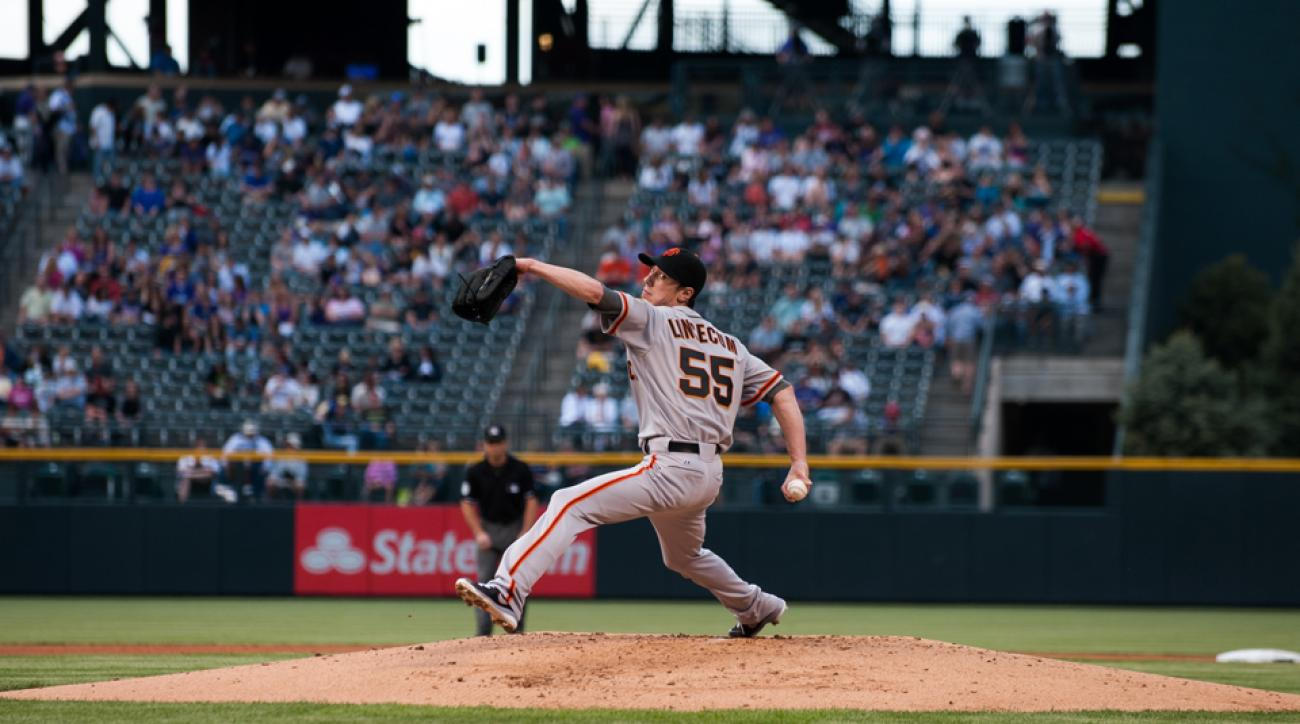 After utilizing Alan Jaeger's long toss training program, Tim Lincecum's ERA and winning percentage improved significantly.