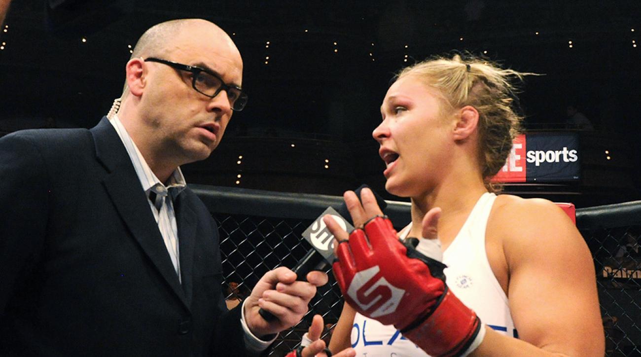 Mauro Ranallo interviews Ronda Rousey.