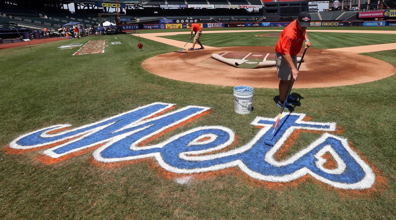 Mets Kenny Hernandez
