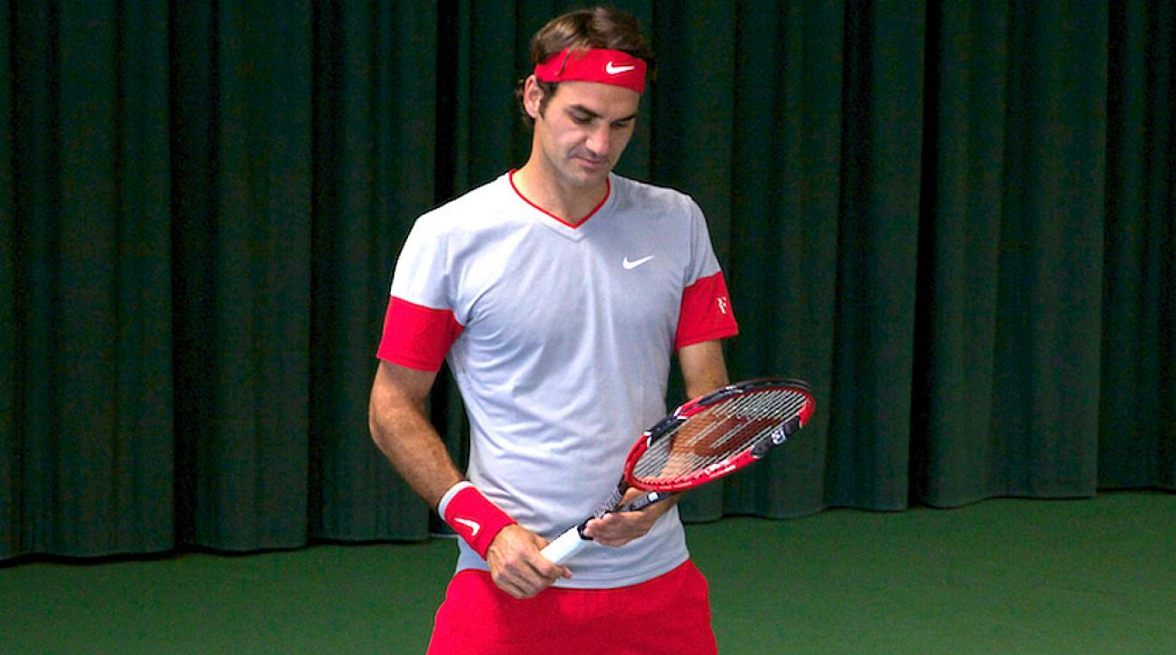 Roger Federer will debut his new racket at the Rogers Cup.
