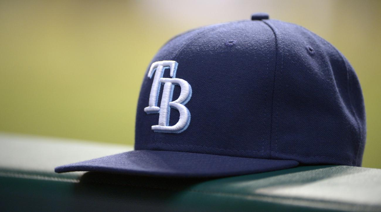 Tampa Bay Rays sign 16 year old