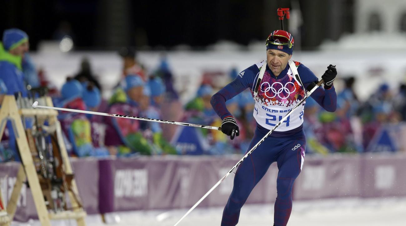 Norway's Ole Einar Bjoerndalen leaves the shooting range during the men's biathlon 10k sprint, at the 2014 Winter Olympics, Saturday, Feb. 8, 2014, in Krasnaya Polyana, Russia. (AP Photo/Lee Jin-man)