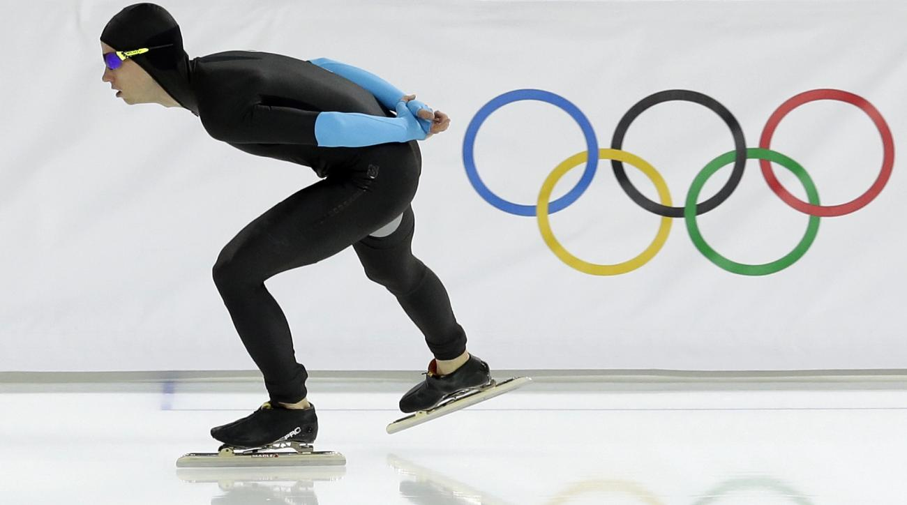 Patrick Meek of the U.S. competes in the men's 10,000-meter speedskating race at the Adler Arena Skating Center during the 2014 Winter Olympics in Sochi, Russia, Tuesday, Feb. 18, 2014. (AP Photo/Patrick Semansky)