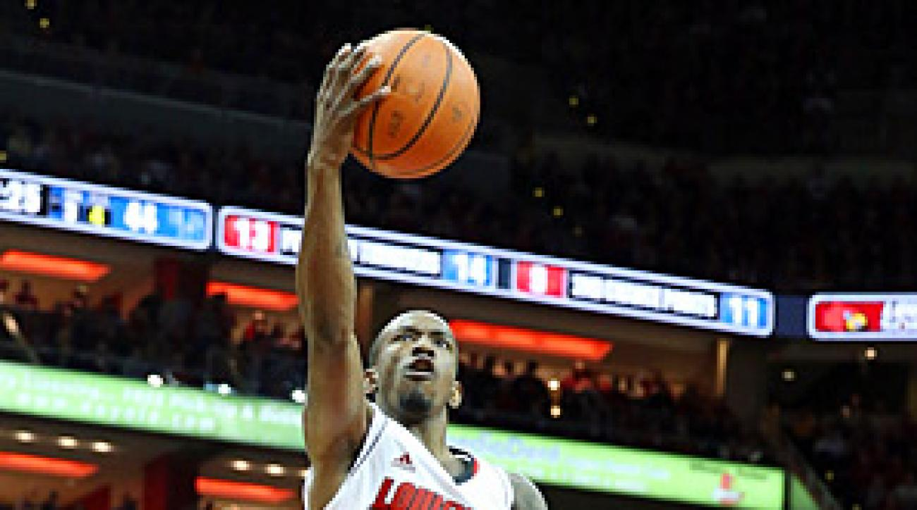 Russ Smith scored 21 points in ending Louisville's four-game skid to Kentucky.