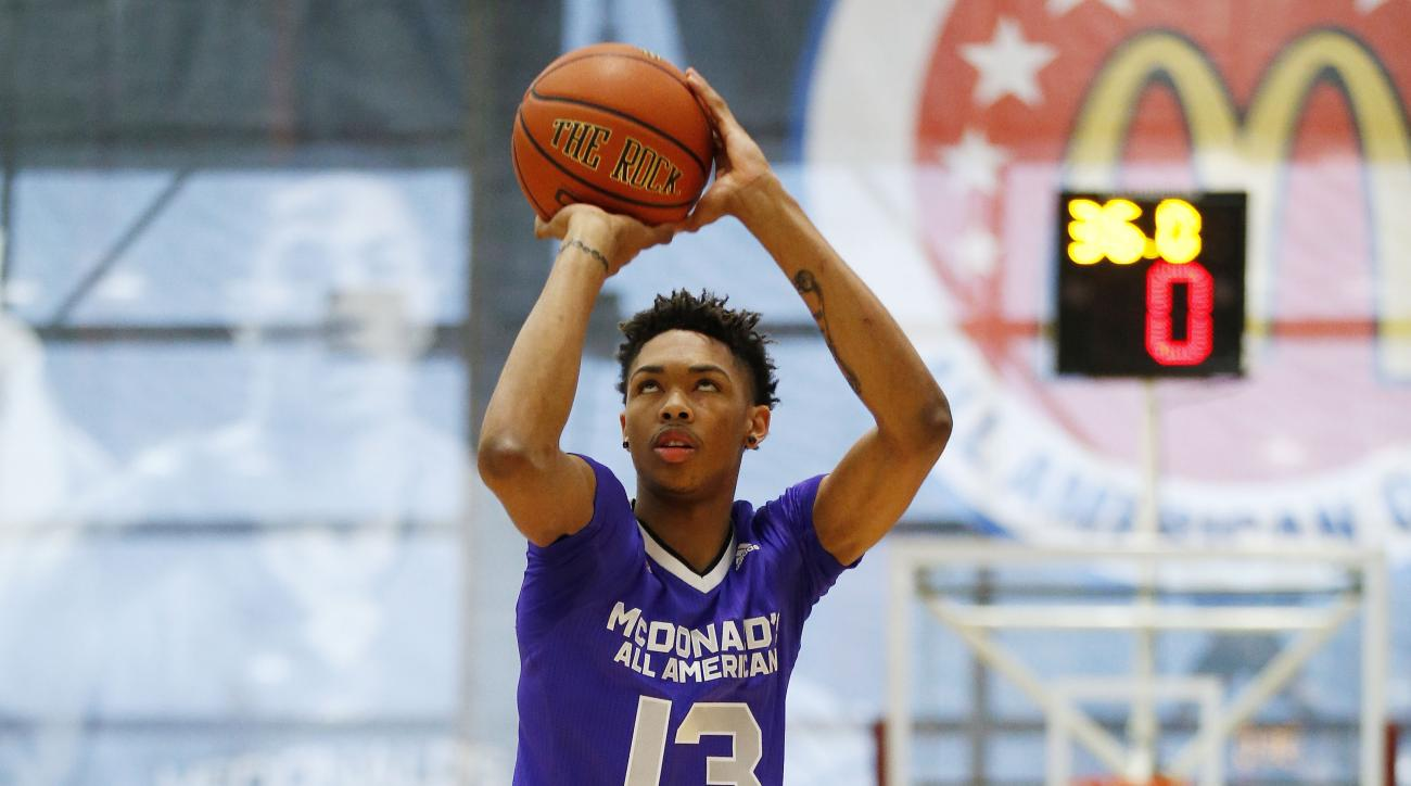 Brandon Ingram, of Kinston, N.C., competes in the three-point shootout during the McDonald's All-American Jam Fest, Monday, March 30, 2015, in Chicago. (AP Photo/Andrew A. Nelles)