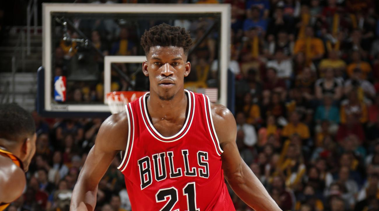 CLEVELAND, OHIO - MAY 6: Jimmy Butler #21 of the Chicago Bulls drives to the basket against the Cleveland Cavaliers during Game Two of the Eastern Conference Semifinals during the NBA Playoffs on May 6, 2015 at Quicken Loans Arena in Cleveland, Ohio.  (Ph