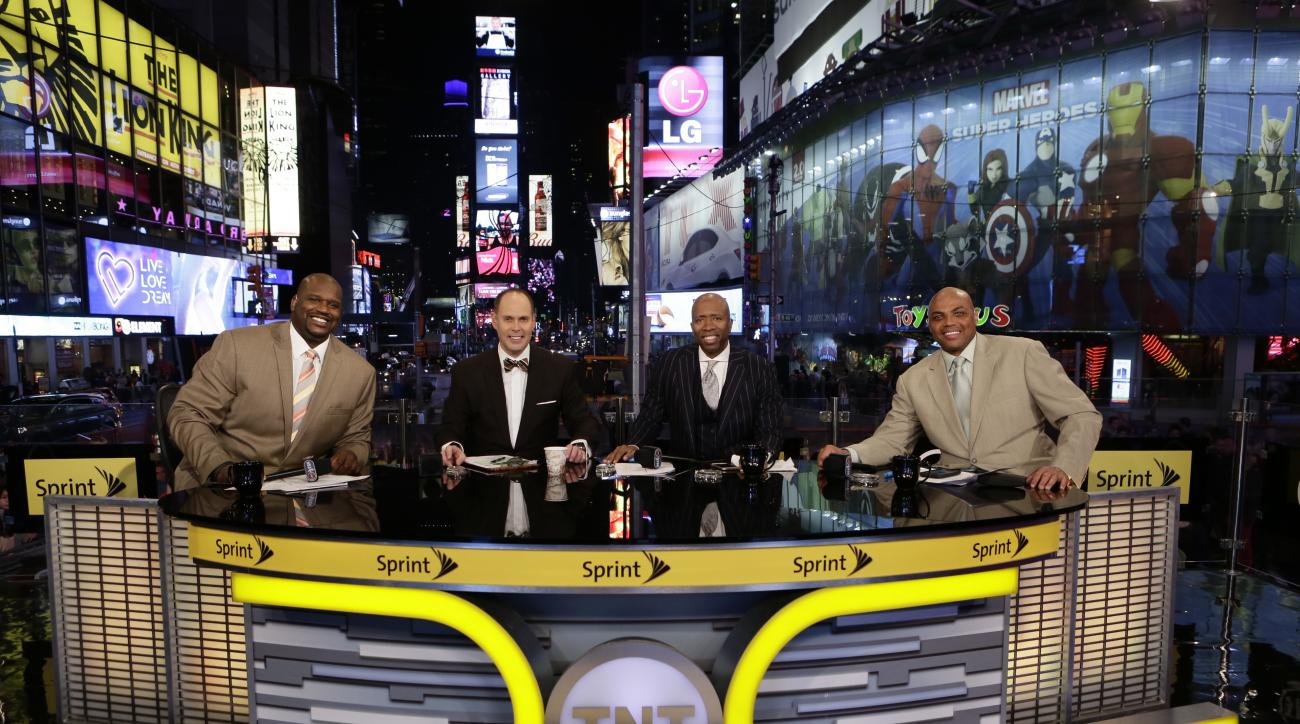 "NEW YORK, NY - OCTOBER 28: Ernie Johnson, Charles Barkley, Kenny Smith and Shaquille O'Neal of ""Inside the NBA"" pose for a picture at the TNT tip off event at Times Square Offices on October 27, 2014 in New York, New York. (Photo by Steven Freeman/NBAE vi"