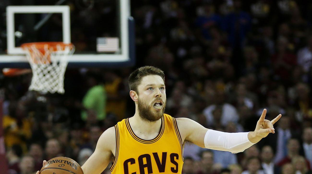 CLEVELAND, OH - JUNE 09:  Matthew Dellavedova #8 of the Cleveland Cavaliers reacts in the third quarter against the Golden State Warriors during Game Three of the 2015 NBA Finals at Quicken Loans Arena on June 9, 2015 in Cleveland, Ohio.  (Photo by Mike E