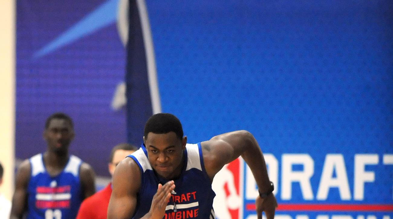 CHICAGO, IL - MAY 15:  Jarell Martin #40 competes in the three quarter court dash during the 2015 NBA Draft Combine on May 15, 2015 at Quest Multiplex in Chicago, Illinois. (Photo by Randy Belice/NBAE via Getty Images)