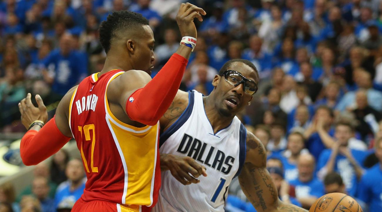 DALLAS, TX - APRIL 24:  Amar'e Stoudemire #1 of the Dallas Mavericks and Dwight Howard #12 of the Houston Rockets during Game Three of the Western Conference quarterfinals of the 2015 NBA Playoffs at American Airlines Center on April 24, 2015 in Dallas, T