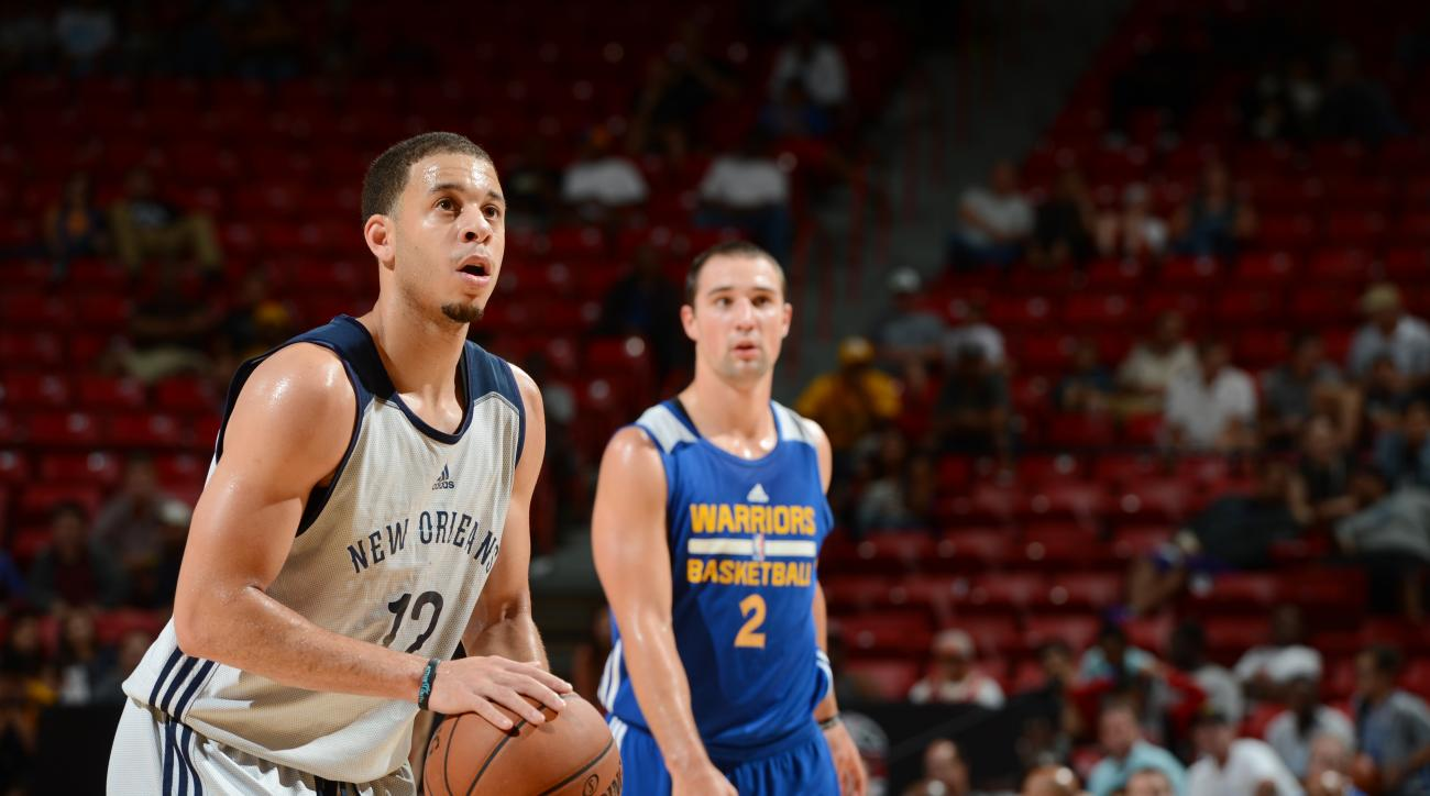 LAS VEGAS, NV - JULY 18:  Seth Curry #12 of the New Orleans Pelicans shoots a free throw against the Golden State Warriors during the 2015 NBA Las Vegas Summer League game on July 18, 2015 at Thomas & Mack Center in Las Vegas, Nevada. (Photo by Garrett El