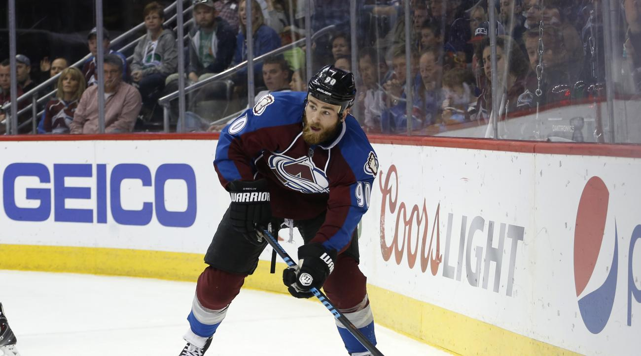 Colorado Avalanche center Ryan O'Reilly skates against the Chicago Blackhawks during the third period of an NHL hockey game Saturday, April 11, 2015, in Denver. Colorado beat Chicago 3-2. (AP Photo/Jack Dempsey)