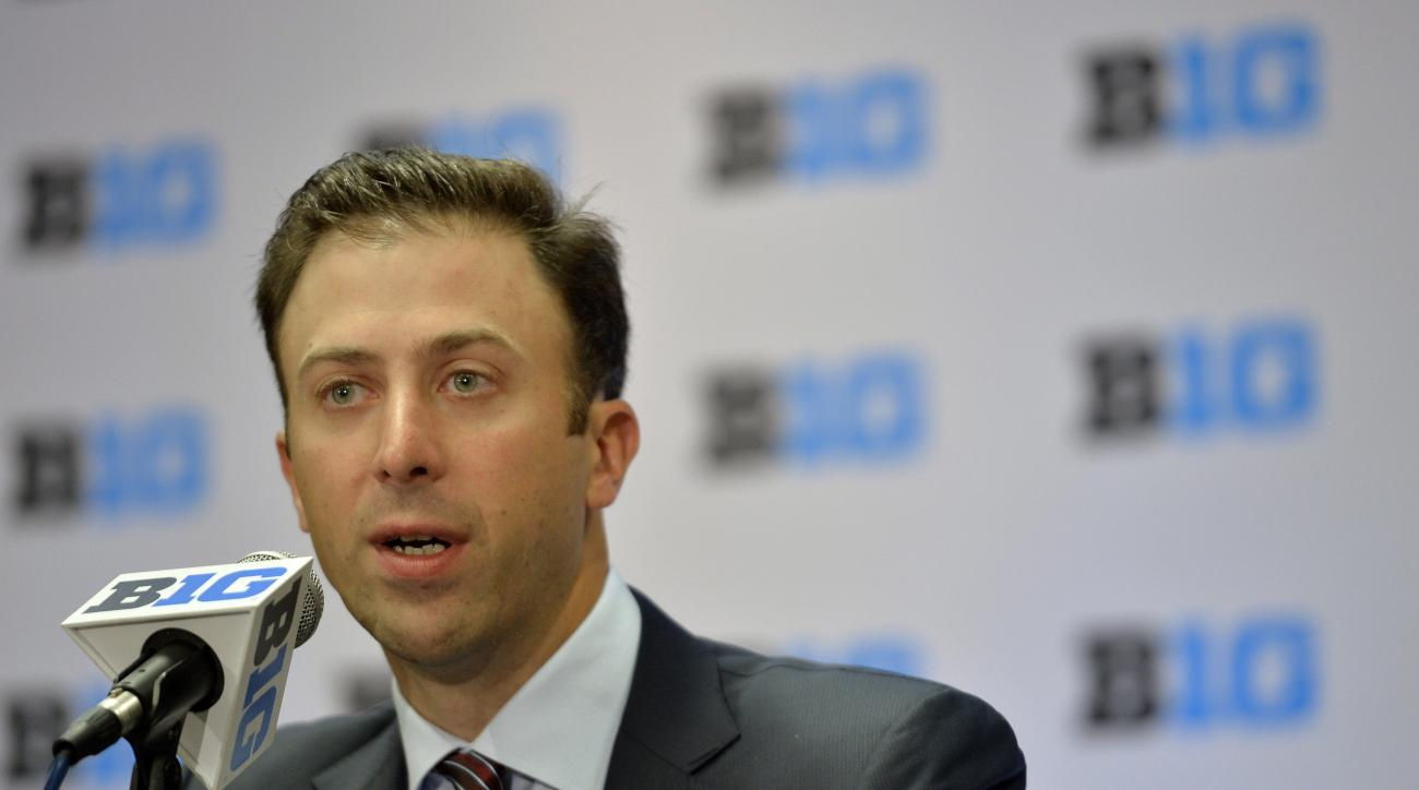 Minnesota men's basketball head coach Richard Pitino speaks at the NCAA college Big Ten Media Day in Chicago, Thursday, Oct. 15, 2015.  (AP Photo/Paul Beaty)