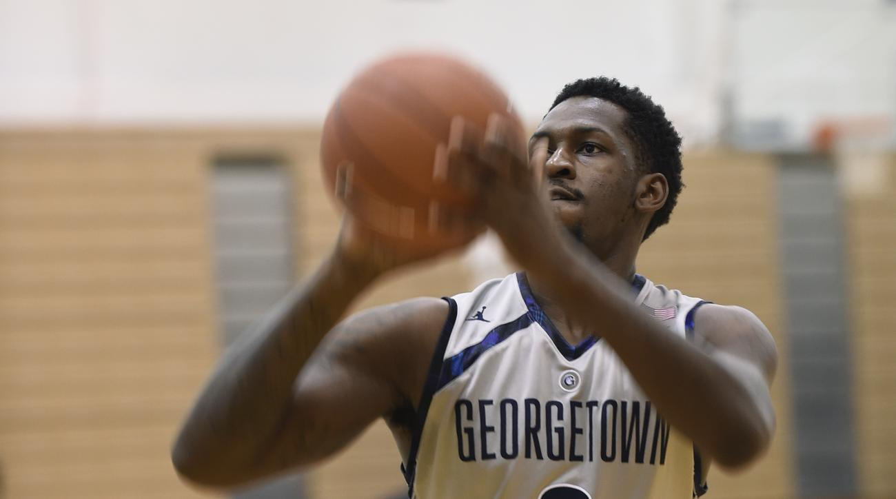 Georgetown men's basketball player L.J. Peak goes up for a shot during practice at McDonough Arena in Washington, Tuesday, Oct. 27, 2015. (AP Photo/Susan Walsh)