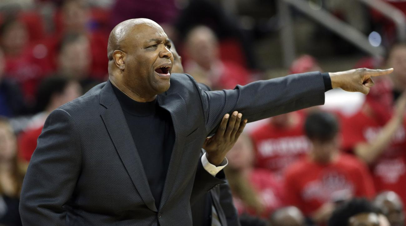 Florida State coach Leonard Hamilton yells during the first half of an NCAA college basketball game against North Carolina State in Raleigh, N.C., Wednesday, Jan. 13, 2016. Florida State won 85-78. (AP Photo/Gerry Broome)