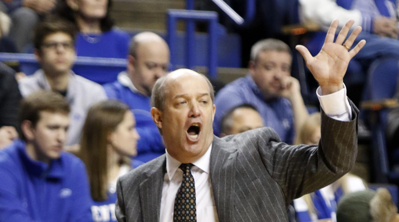Vanderbilt head coach Keith Stallings calls a play during the first half of an NCAA college basketball game against Kentucky, Saturday, Jan. 23, 2016, in Lexington, Ky. (AP Photo/James Crisp)