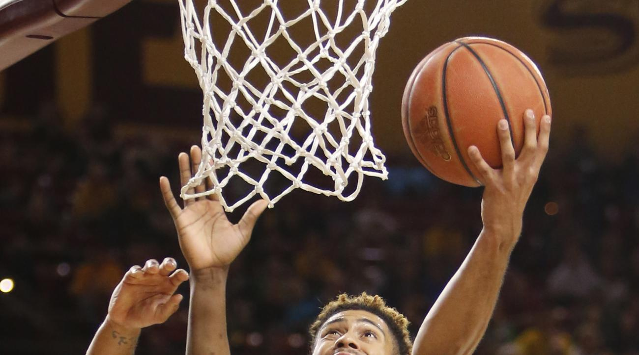Oregon guard Tyler Dorsey scores against Arizona State during the first half of an NCAA college basketball game, Sunday, Jan. 31, 2016, in Tempe, Ariz. (AP Photo/Rick Scuteri)