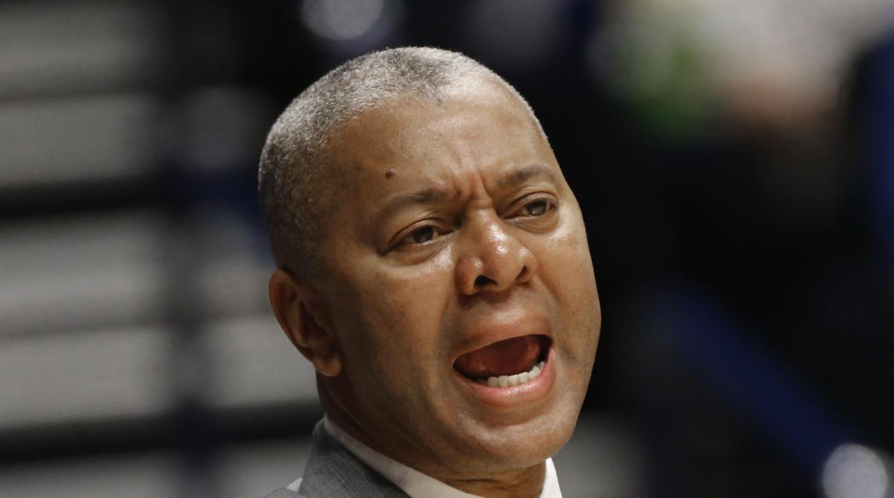 LSU head coach Johnny Jones directs his team against Texas A&M during the first half of an NCAA college basketball game in the Southeastern Conference tournament in Nashville, Tenn., Saturday, March 12, 2016. (AP Photo/John Bazemore)
