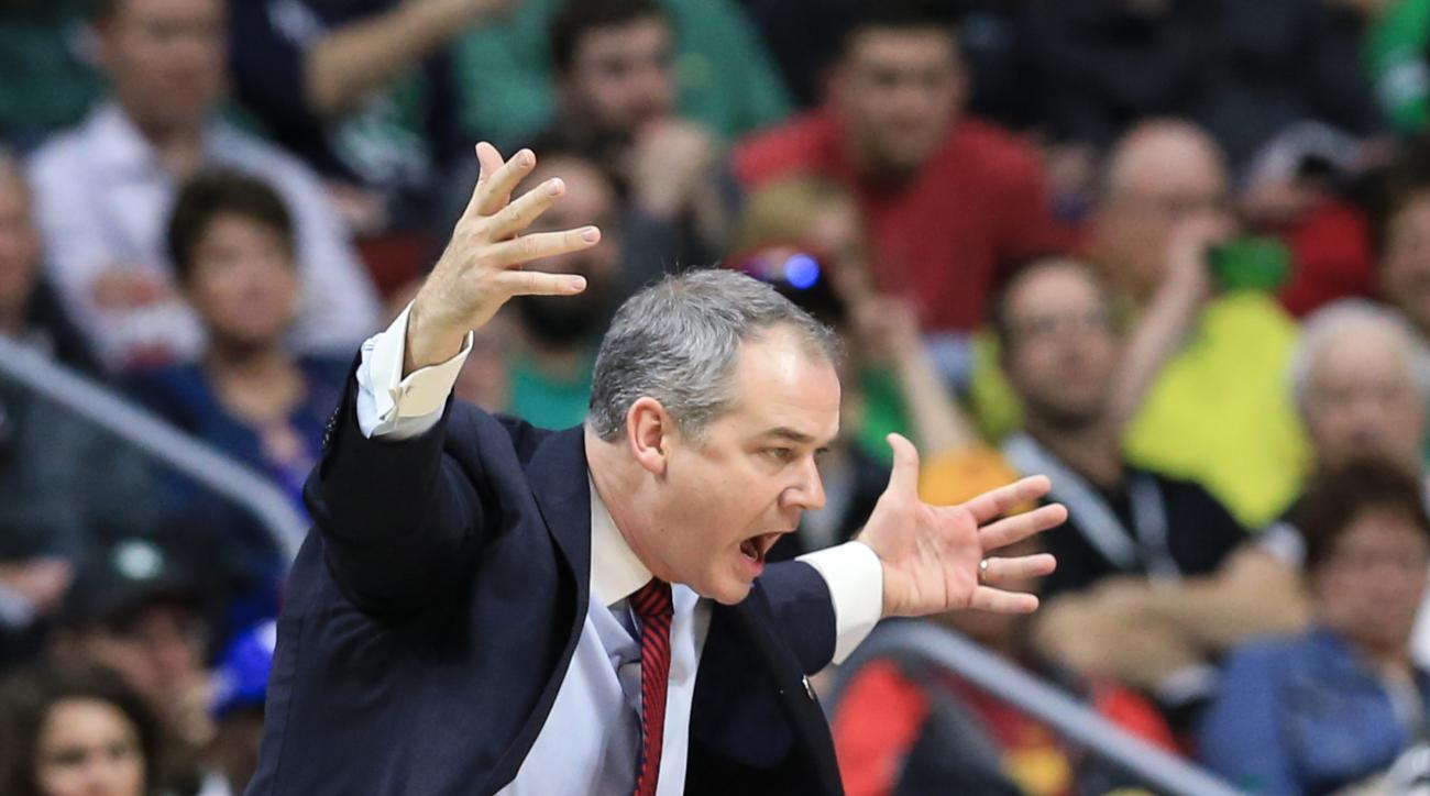 Stony Brook coach Steve Pikiell yells instructions during a first-round men's college basketball game against Kentucky in the NCAA Tournament in Des Moines, Iowa, Thursday, March 17, 2016. (AP Photo/Nati Harnik)