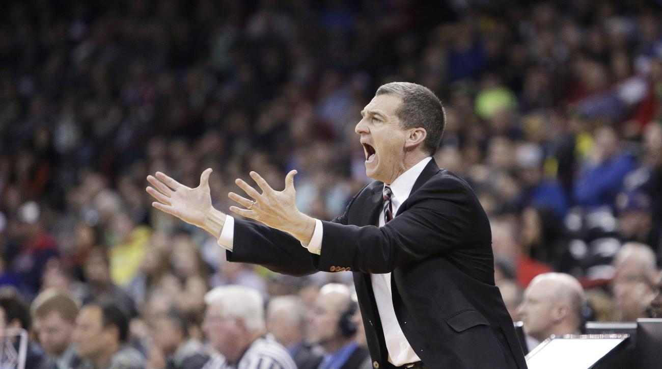 Maryland head coach Mark Turgeon instructs his team during the first half of a second-round men's college basketball game against Hawaii in the NCAA Tournament in Spokane, Wash., Sunday, March 20, 2016. (AP Photo/Young Kwak)