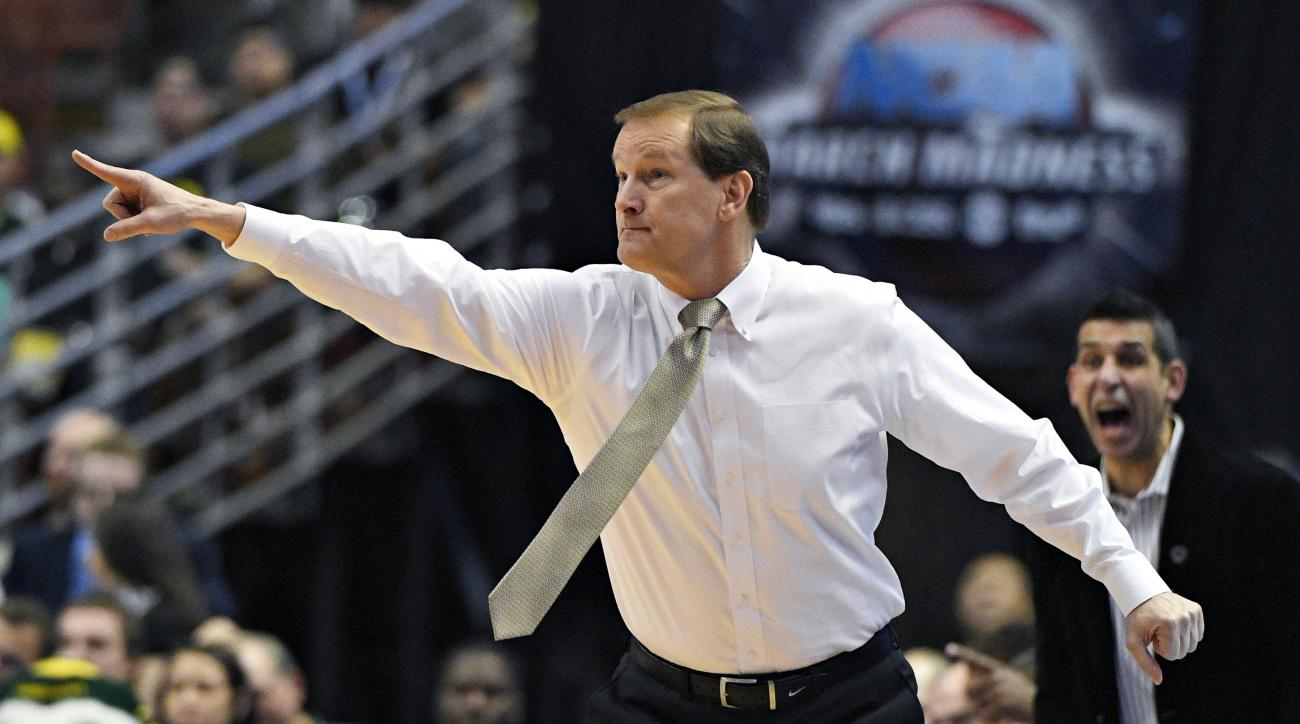 Oregon head coach Dana Altman yells to his team during the first half of an NCAA college basketball game against Oklahoma in the regional finals of the NCAA Tournament, Saturday, March 26, 2016, in Anaheim, Calif. (AP Photo/Mark J. Terrill)